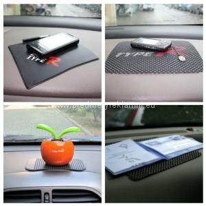 Reklamní protiskluzové podložky do auta