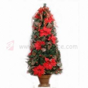 Umělé vánoční stromečky s dekorací od výrobce
