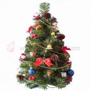 malé umělé vánoční stromečky od výrobce