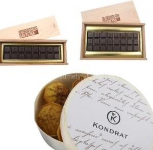 sladkosti v dřevěné krabičce výrobce