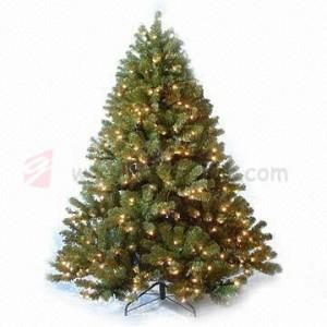 vysoké umělé vánoční stromečky od výrobce